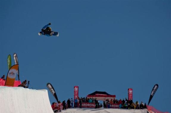 2010 Junior world champs halfpipe qualification - Taku Hiroaka