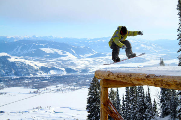 Best Places To Snowboard In USA World Snowboard Guide - The top 10 destinations for your snowboarding vacation