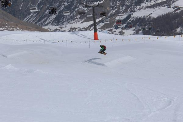 Snowpark Easy Kicker