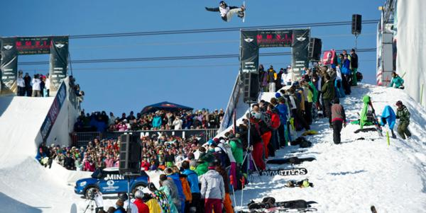 KELLY CLARK & IPOD WIN BURTON OPEN HALFPIPE 2012