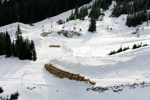 Cypress Mountain Olympic 2010 boardercross preparations