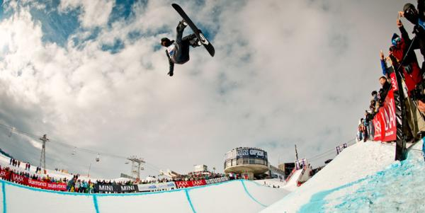iPod and Ursina Haller win the BEO 2014 Halfpipe