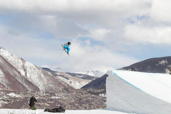 Sebastien Toutant wins Gold in Mens Snowboard Slopestyle Finals at Winter X Games 15