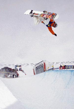 BEO 08 Markus Malin into the halfpipe finals