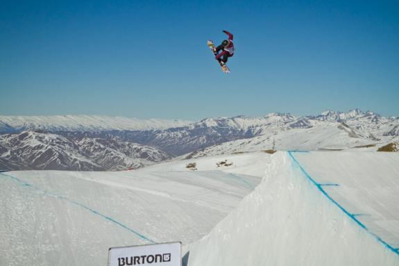 Burton NZ 2011 open slopestyle winner Jamie Anderson