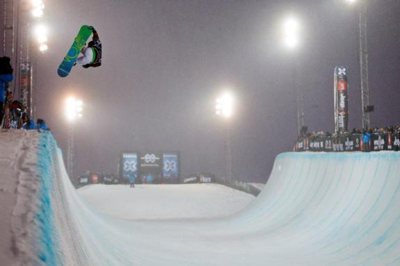 Hannah Teter in womens 2011 X Games Europe SuperPipe