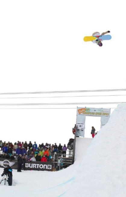 Peetu Piiroinen in the mens halfpipe semi finals at BEO11