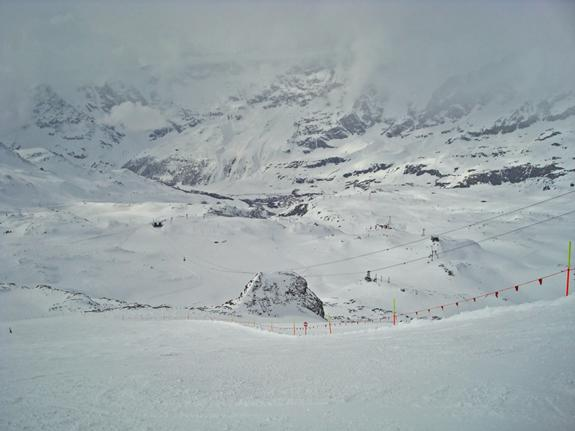 From Plateau Rosa looking into Cervinia