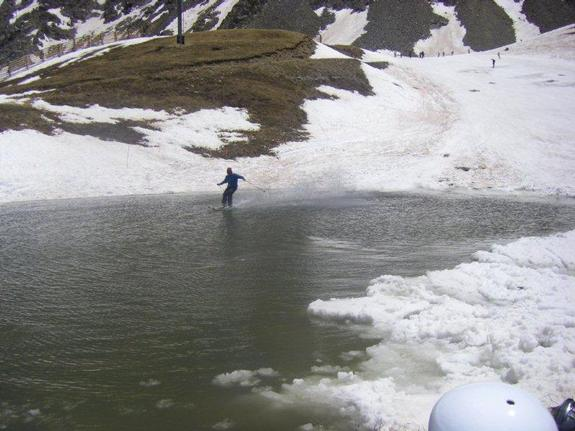 End of season pond skimming on Lake Reveal