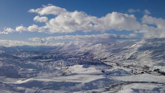 Looking down the Cardrona Valley towards Lake Wanaka, from Cardrona Alpine Resort.