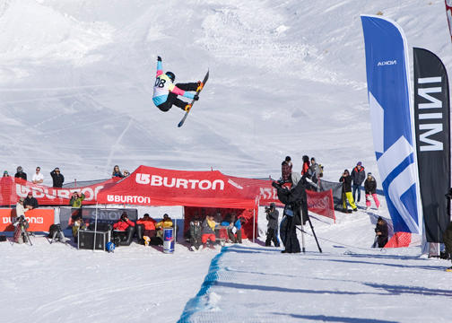 Kelly Clark Half Pipe, Burton High Fives.