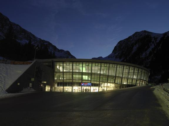 Stubai Glacier Bottom station Mutterberg