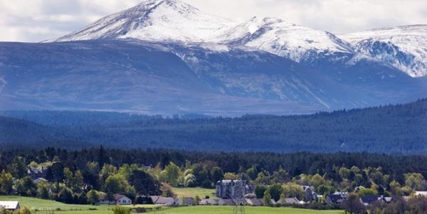 Spring clean at CairnGorm and Nevis Range
