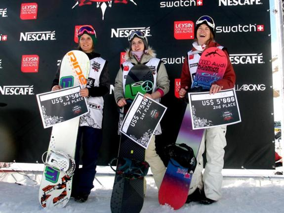 Womens podium at 2011 Nescape Champs in Leysin
