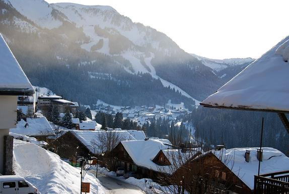 Chatel  towards Linga